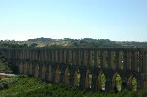 Convento de Cristo's aquaduct