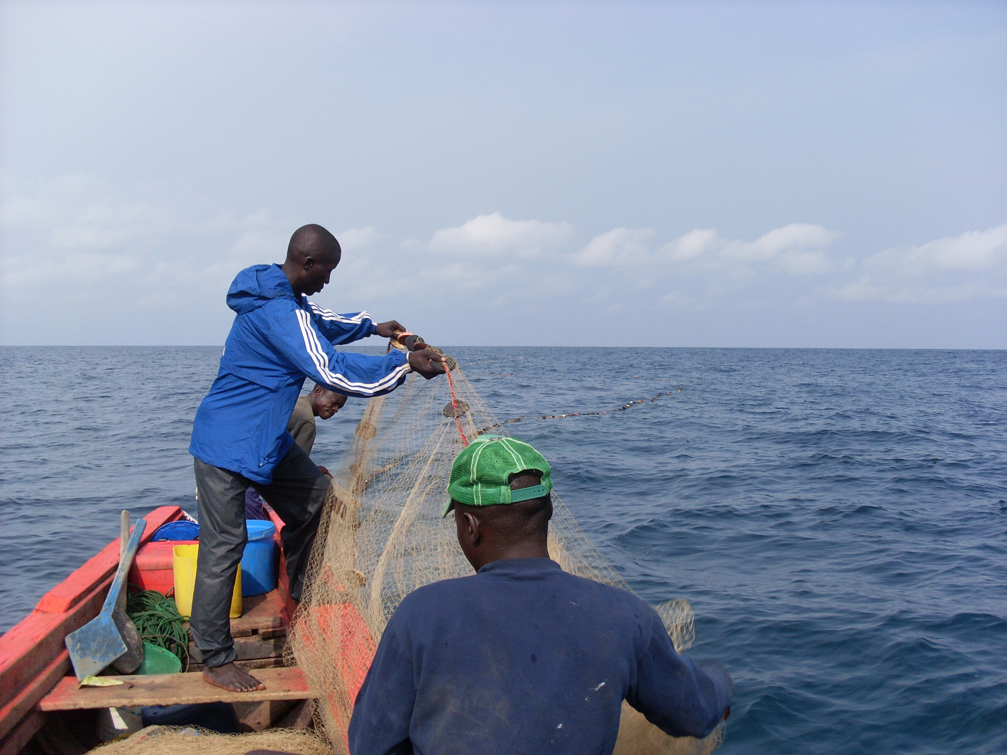 fishermen boat guinea conakry