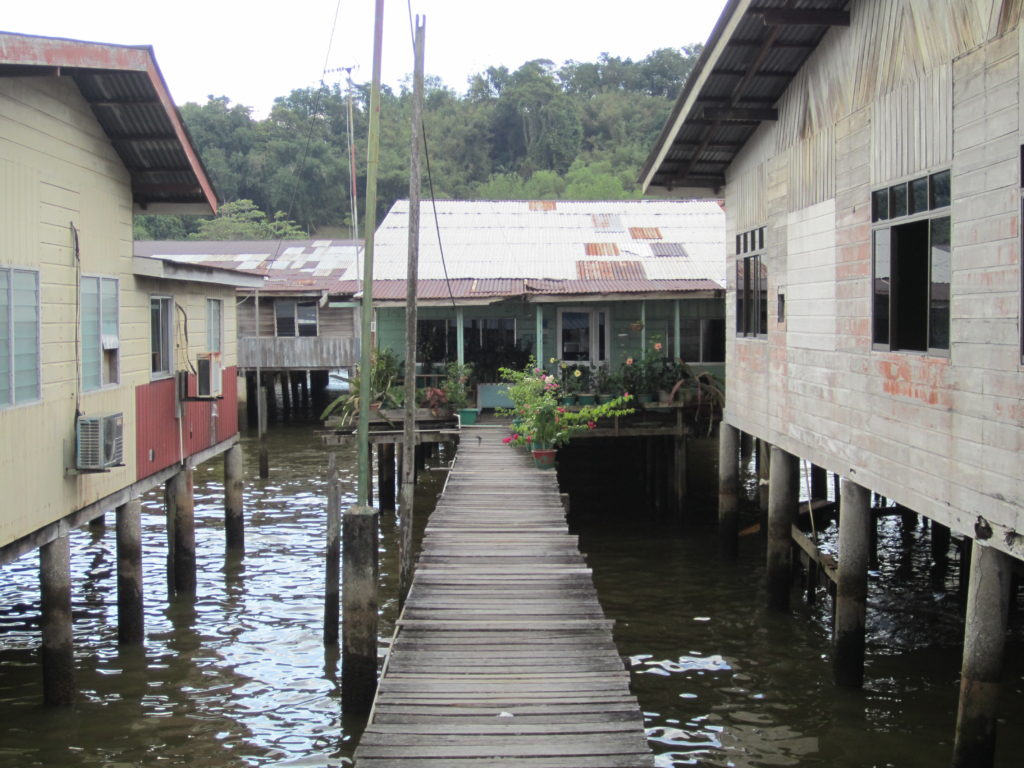 brunei water village kampong ayer