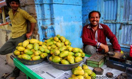 Photo of the Week: Mango Sellers in Junagadh