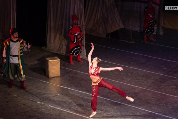 russian ballerina performain corsair in kyrgyzstan