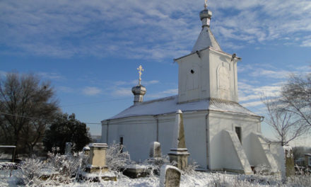 Photo of the Week: Moldovan Churchyard in Chisinau
