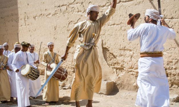 Photo of the Week: Omani Sword Fight in Al Hamra