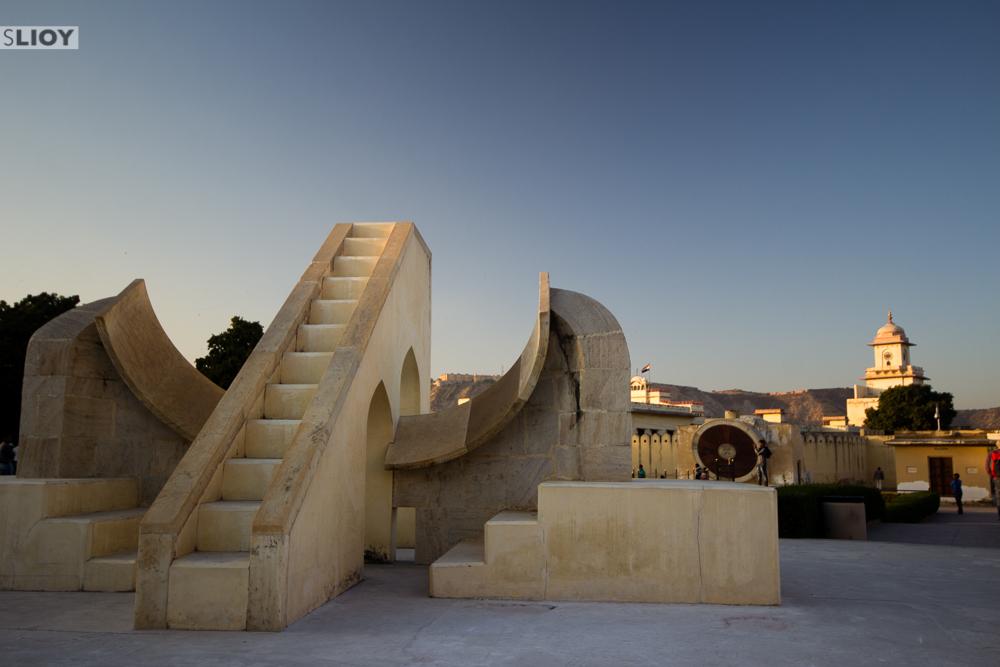 jaipur jantar mantar observatory