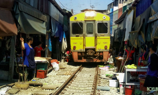 Photo of the Week: Maeklong Railway Market