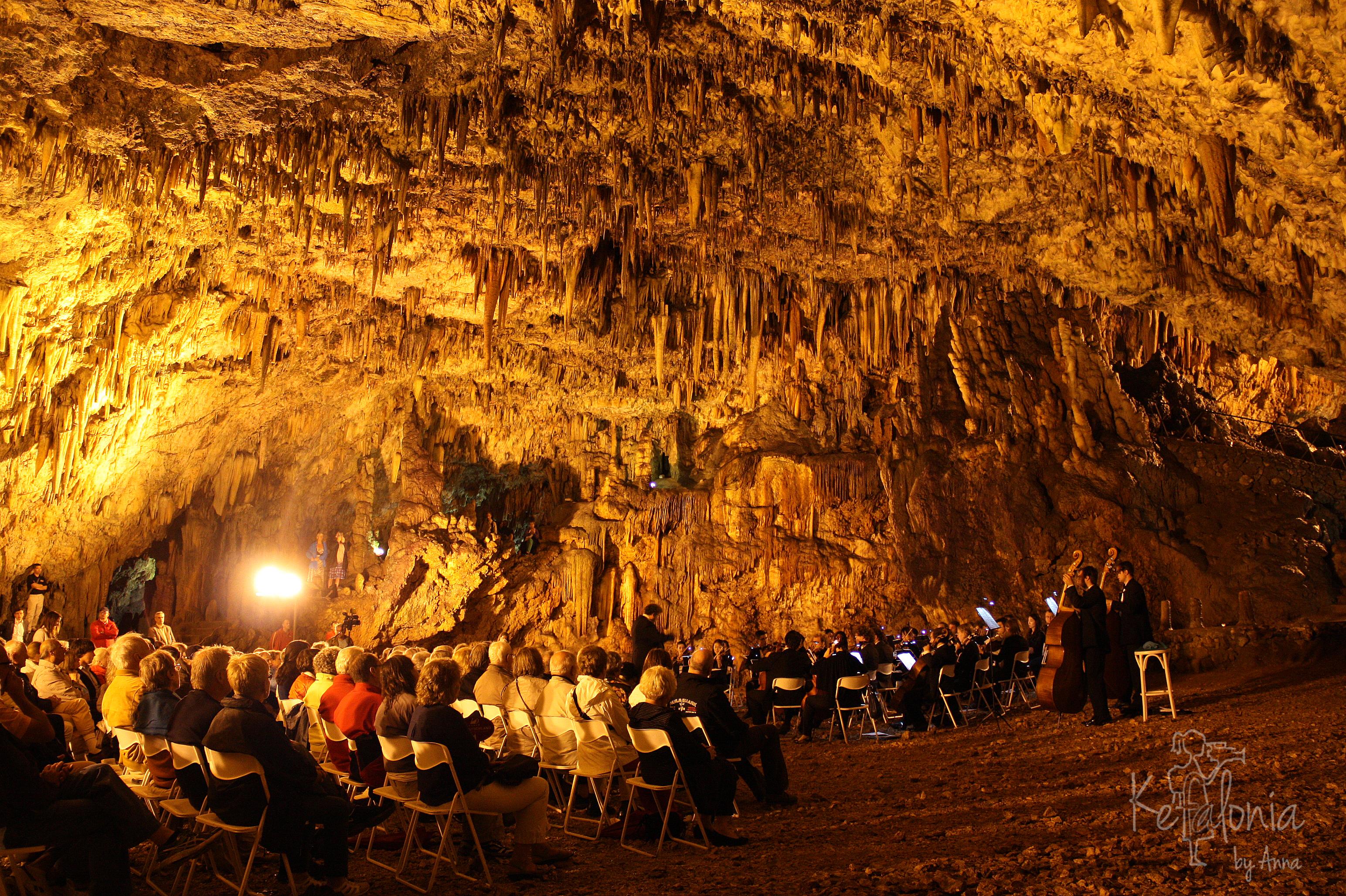 drogarati cave concert photo 2