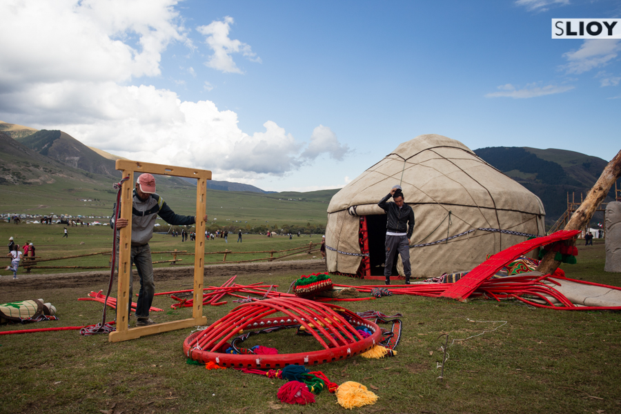 Yurt construction at Kyrchyn jailoo during World Nomad Games 2016 in Kyrgyzstan