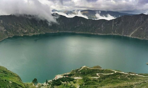 Photo of the Week: Quilotoa Lagoon