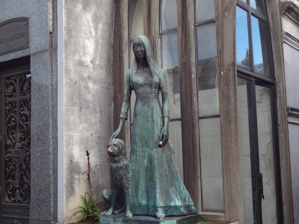 Liliana Crociati de Szaszak tomb