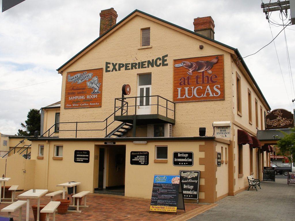 Lucas Hotel Latrobe Tasmania